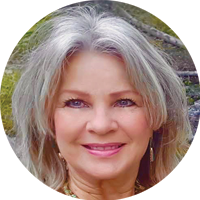 Kaylynn Ennis - The Bow Ladies Founder